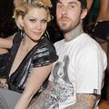 Blink-182のトラヴィス、シャナ・モークラーと再び離婚の危機!?