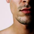 口ひげをたくわえた男性は紳士的? ひげの形状から読み取る女性の扱い方
