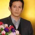 "V6・岡田准一、大河主演で図られた高岡蒼佑という""火種""の処理"