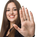 長めの小指はモテる女!? 小指でわかるあなたのモテ度