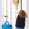汚部屋住人必見、ドアを収納スペースに変える「アップ&ダウンフック」プレゼント