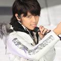NEWS・手越祐也に「立ちション」「AKB48・柏木由紀との熱愛」疑惑が噴出