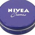 ニベアは普通のクリーム!? 化粧品開発者がニベアとドゥ・ラ・メールを徹底検証