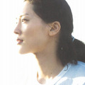 綾瀬はるか、水着写真集の売り上げが「わずか4,000部」! AKB48・小嶋陽菜や浅田舞に大惨敗