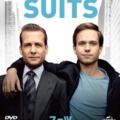 格差大国アメリカに渦巻く不満を逆手にとった、勝ち組&負け組のバディドラマ『SUITS/スーツ』