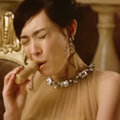ドレス姿でドタバタする、パピコCMの吹石一恵を見て思うこと