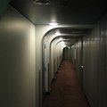"""ラブホテルのリネン室に""""いる""""人の形の霊 デリヘル嬢が見た「新入りさん」とは"""