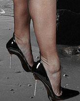 ヒール靴を履くほどにスタイルが悪くなる!? ヒール靴の罪を探る!