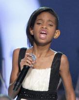 親の七光りか才能か......ウィル・スミスの娘が歌手デビューの話題に