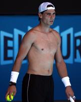 ナチュラルなモッコリ! アルマーニの新下着モデルはテニス界王子