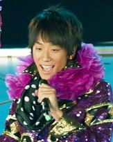 小山慶一郎が松本潤のプライベートに遭遇! 連れの「あの奥様」って?