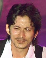 自称オタクの岡田准一、「自分を変える○に出会ったことがない」と悩む