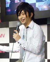 元ジャニーズJr.大坂俊介が元AKBとチャリティー企画で謎の共演
