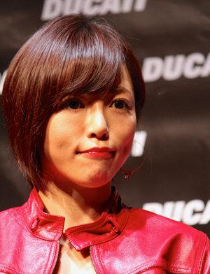 釈由美子、愛犬の死を通して「強くなる」宣言も……彼女を「弱い人間」と思わないワケ