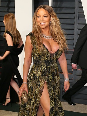 BEVERLY HILLS, CA - FEBRUARY 26: Mariah Carey attends the 2017 Vanity Fair Oscar Party hosted by Graydon Carter at Wallis Annenberg Center for the Performing Arts on February 26, 2017 in Beverly Hills, California. (Photo by JB Lacroix/WireImage)
