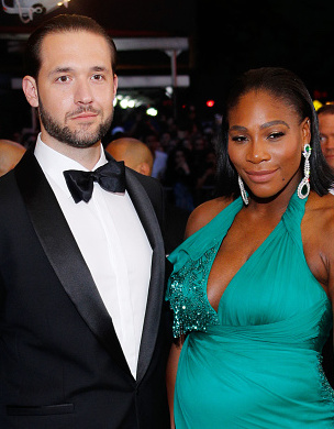 NEW YORK, NY - MAY 01:  Alexis Ohanian and Serena Williams at 'Rei Kawakubo/Comme des GarÁons:Art of the In-Between' Costume Institute Gala at Metropolitan Museum of Art on May 1, 2017 in New York City.  (Photo by Jackson Lee/FilmMagic)