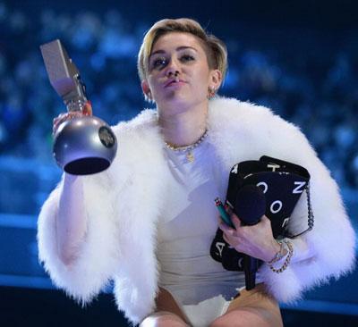 MileyCyrus06.jpg
