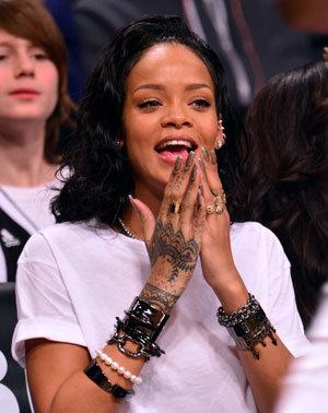 Rihanna04.jpg