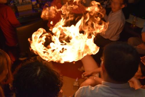 ヨーコ ファイヤー 変態居酒屋で誕生日イベント(ファイヤーヨーコさん編)